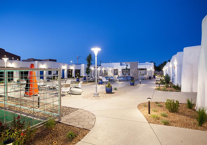 El Vado Motel Plaza